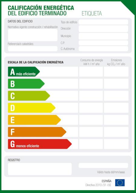 Documento de ejemplo de la Calificación Energética de un edificio con su correspondiente Escala de Calificación Energética